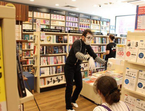 Kitap Mağazası – Sosyal Mesafeli Pandomim